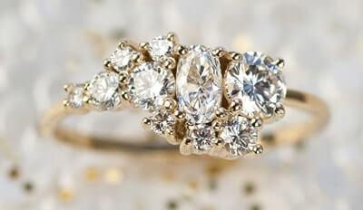 Unique design cluster diamond ring
