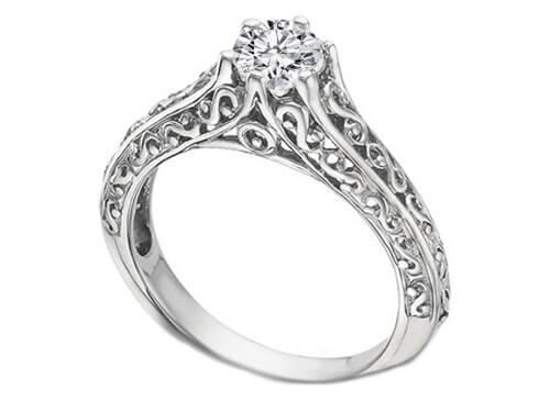 Filigree setting diamond ring